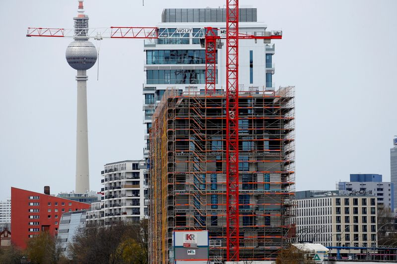 Timber bottlenecks lead to construction stoppages in Germany