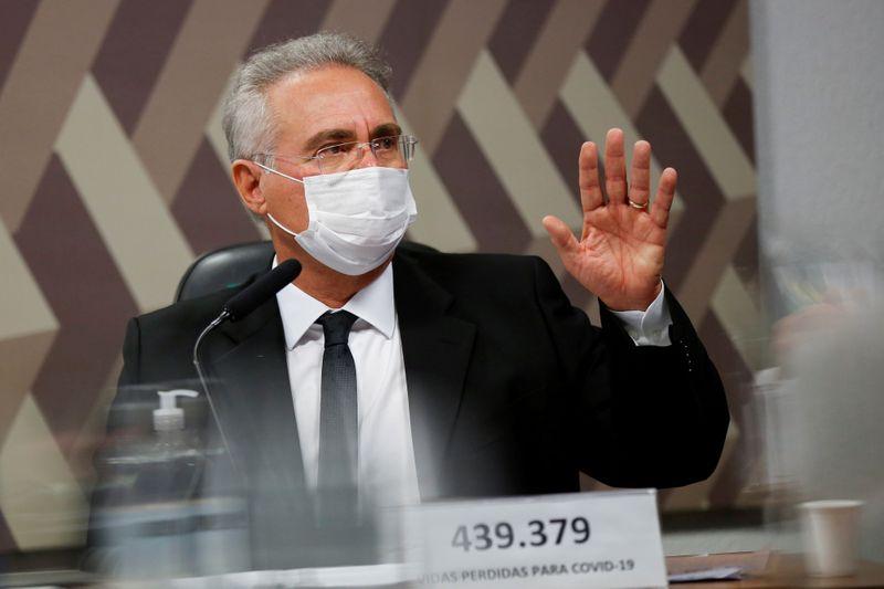 Vidas poderiam ter sido salvas com comportamento público do governo em favor da ciência, diz Renan