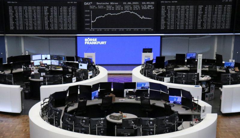ذروة جديدة لأسهم أوروبا بعد ارتفاع أسعار السلع ونمو أنشطة المصانع