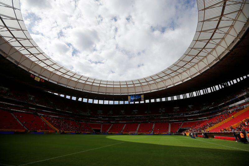 Bolsonaro diz que governadores de RJ, GO, MS e DF concordam em sediar jogos da Copa América