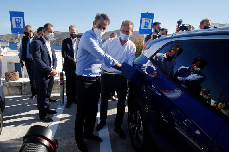 Volkswagen delivers electric cars to help Greek island go green