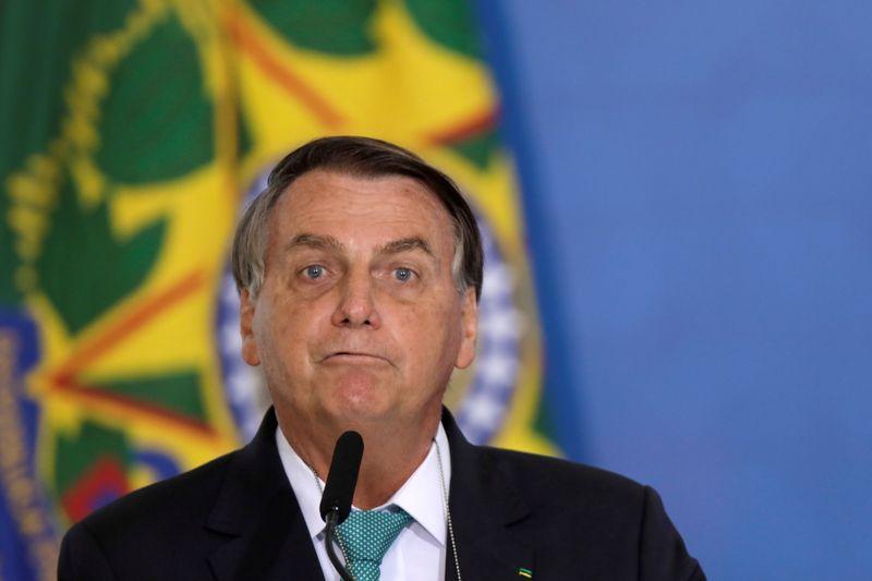 Pessoal acha que com CPI vai derrubar um presidente, diz Bolsonaro ao criticar comissão