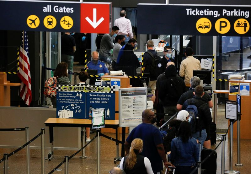 U.S. forming expert groups on safely lifting global travel restrictions