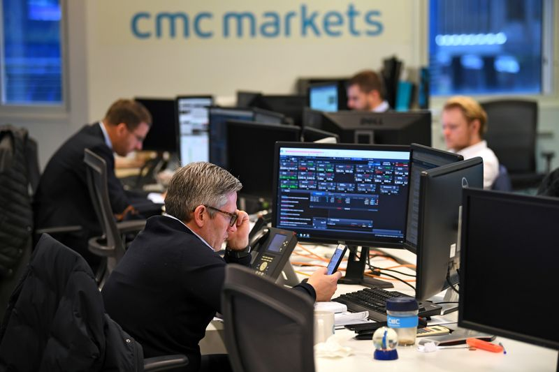 Online trading group CMC plans expansion into wealth management