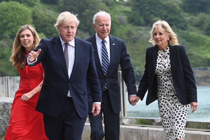 Johnson accueille Biden en Angleterre avant le sommet du G7