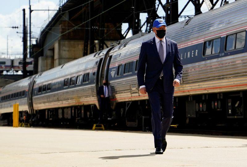 U.S. Senate panel to unveil $78 billion surface transportation bill - sources