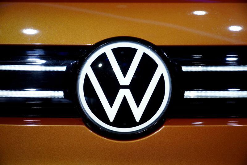 Volkswagen U.S. CEO meets with EPA administrator on EVs