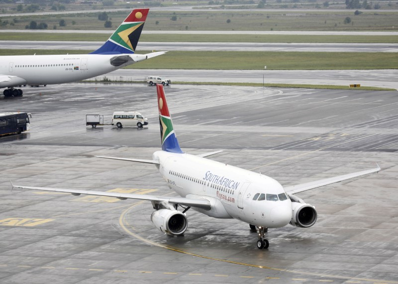 South African government sells majority stake in airline SAA to consortium