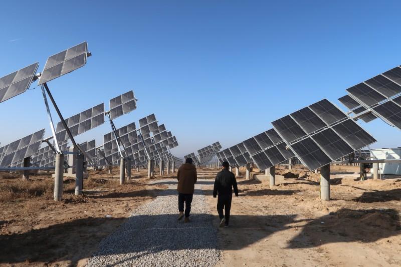 China pondrá fin a las subvenciones para nuevos proyectos solares y eólicos en tierra en 2021
