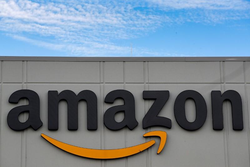 Amazon et Canal+ remportent les droits TV de la Ligue 1