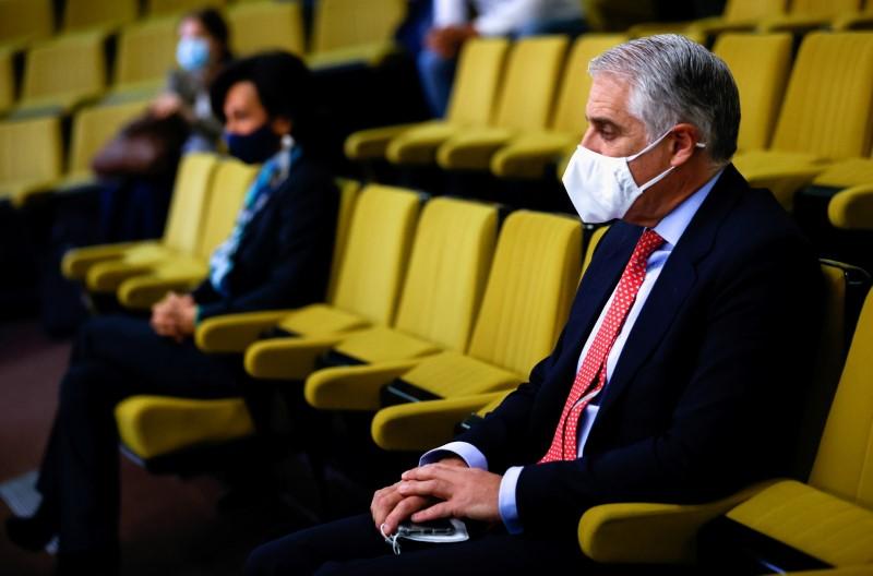 Aplazada la vista judicial entre Andrea Orcel y el Banco Santander