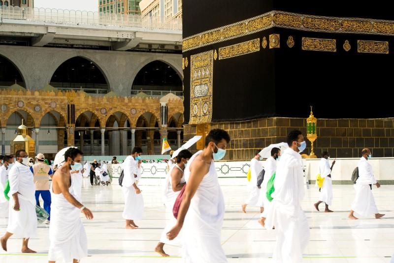 Saudi Arabia bars foreign travellers from Haj over COVID-19