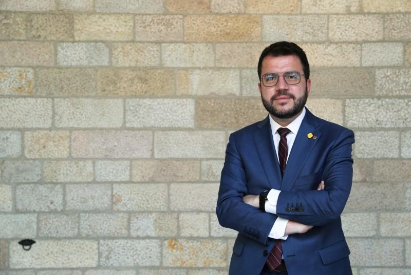 Catalan leader plays down potential pardons for separatists, seeks referendum