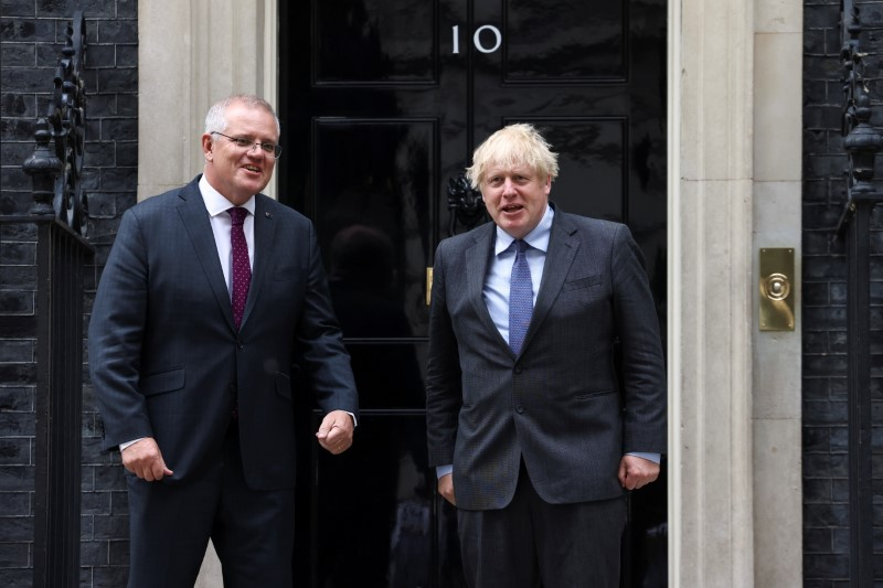 UK and Australia agree 'comprehensive and ambitious' free trade deal