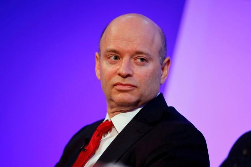 Britain urges EU to expedite financial services talks