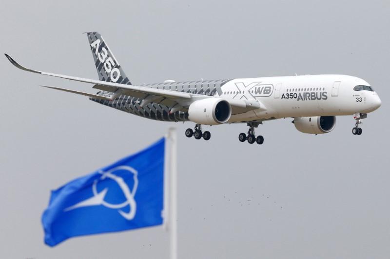 英米、航空機紛争の解決で合意 報復関税5年間停止