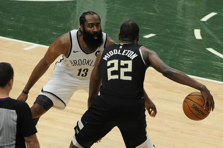 NBA=バックスがネッツに快勝、3勝3敗で決着は最終戦へ