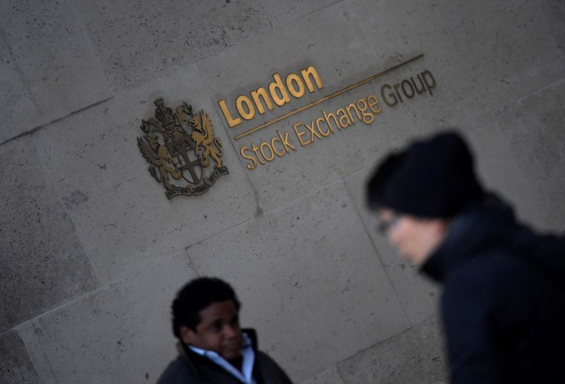 Worst day in over a month for FTSE 100; retail sales data disappoints