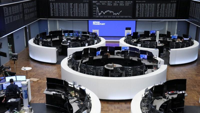 Los valores mineros merman la quinta semana de ganancias del índice europeo STOXX 600