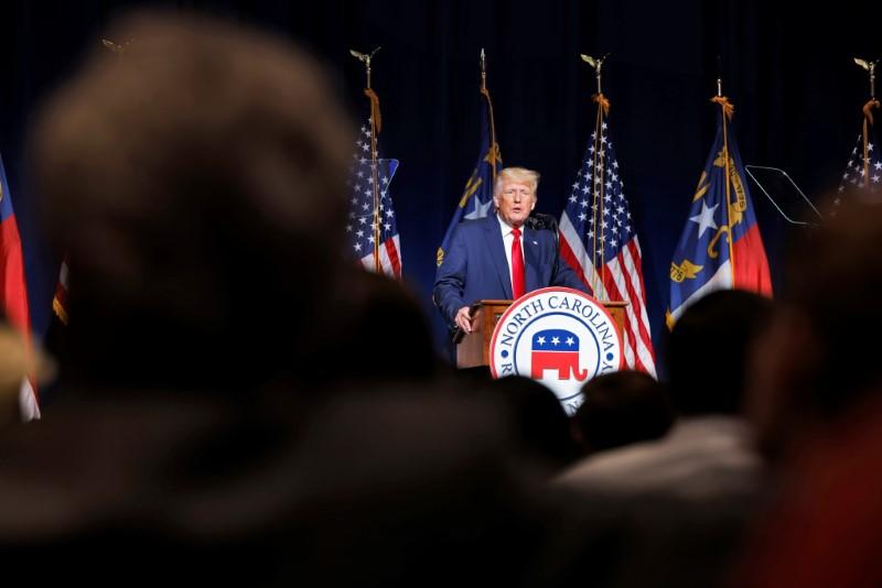 Trump, House Democrats working to resolve dispute on Deutsche Bank subpoenas
