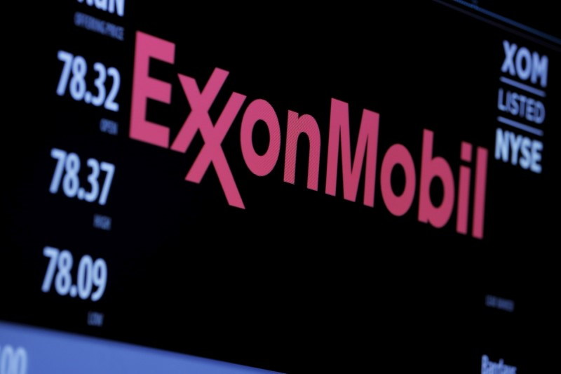 Exxon, union try new approach to resolve increasingly bitter dispute