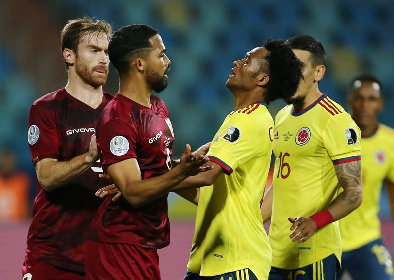 Venezolano Yangel Herrera queda fuera de Copa América por lesión