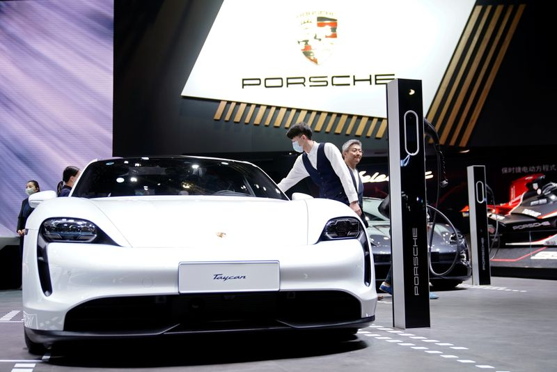 Porsche to set up joint venture with German battery maker