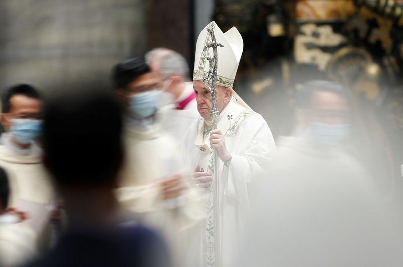 Pope joins Myanmar bishops' appeal for humanitarian corridors