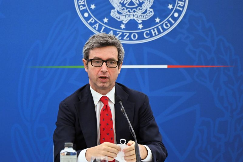 Italy, hosting G20, will call for tougher 'gig economy' rules