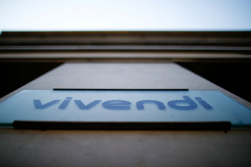 Ackman's SPAC signs deal to buy 10% of Vivendi's Universal