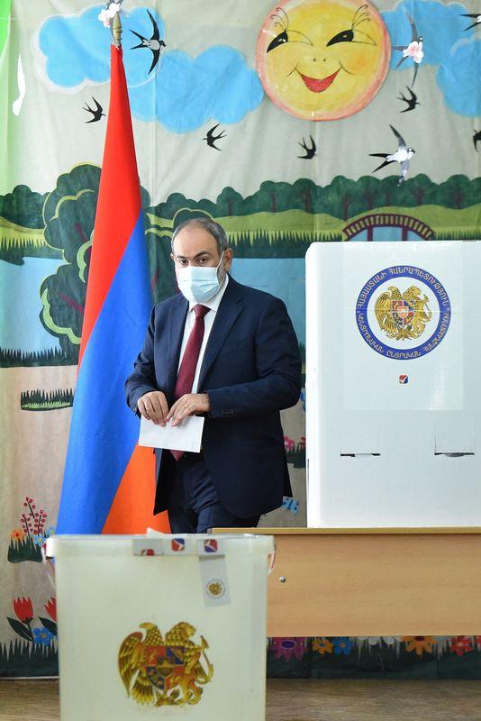 وكالة: حزب القائم بأعمال رئيس وزراء أرمينيا يفوز بالانتخابات البرلمانية