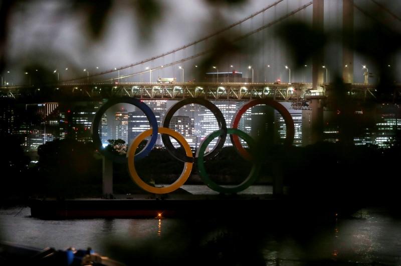 السماح بحضور 10 آلاف مشجع في أولمبياد طوكيو رغم التحذيرات