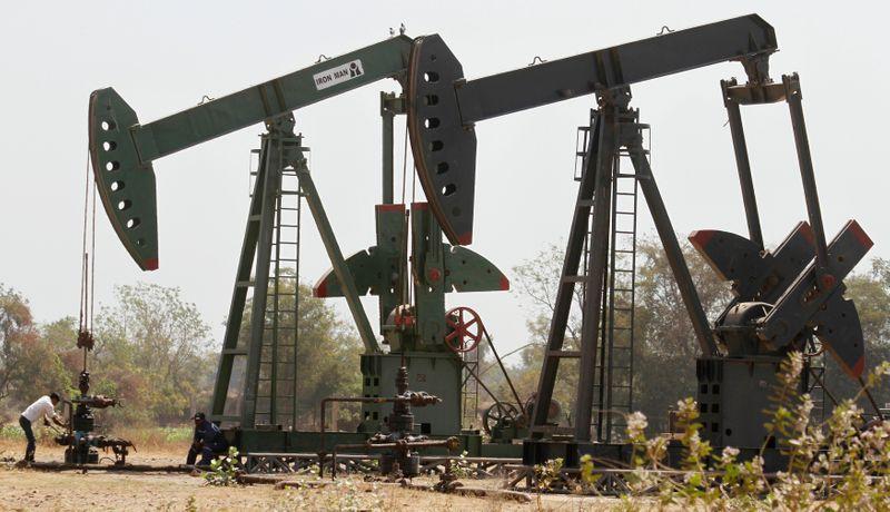 واردات الهند من النفط في مايو تهبط لأدنى مستوى في 3 أشهر مع تراجع الطلب وسط الجائحة