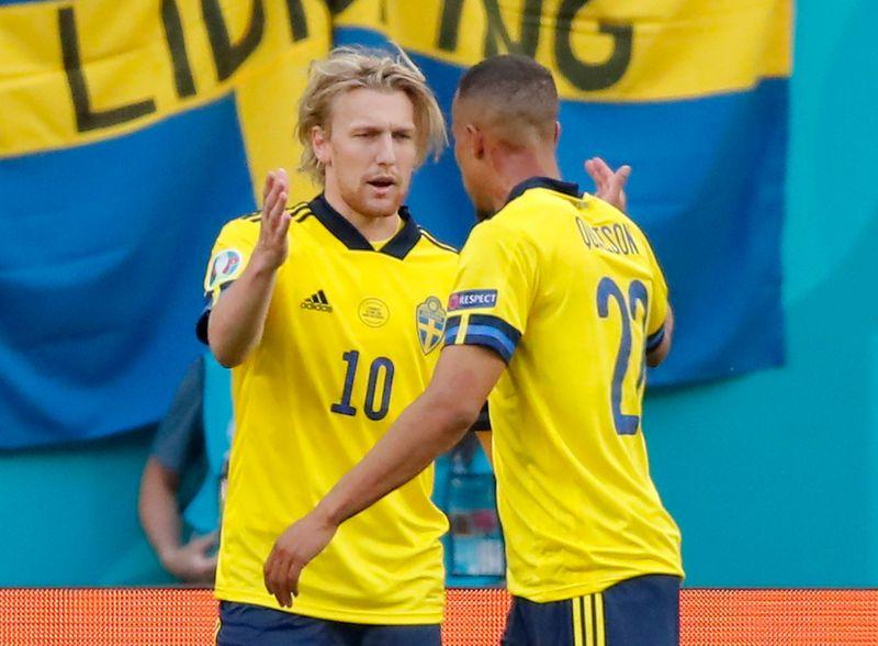 كوايسون يرجع سبب الفوز على سلوفاكيا إلى حلاقي منتخب السويد