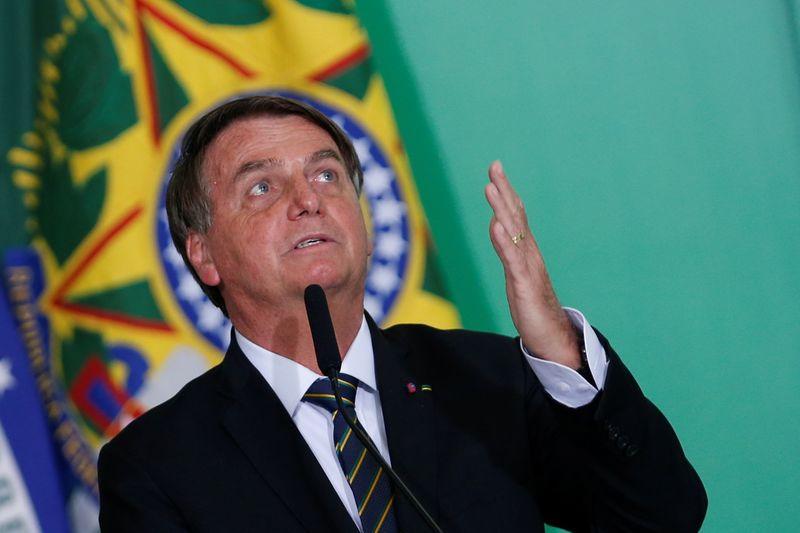 TSE dá 15 dias para Bolsonaro apresentar evidências de fraudes em urnas eletrônicas