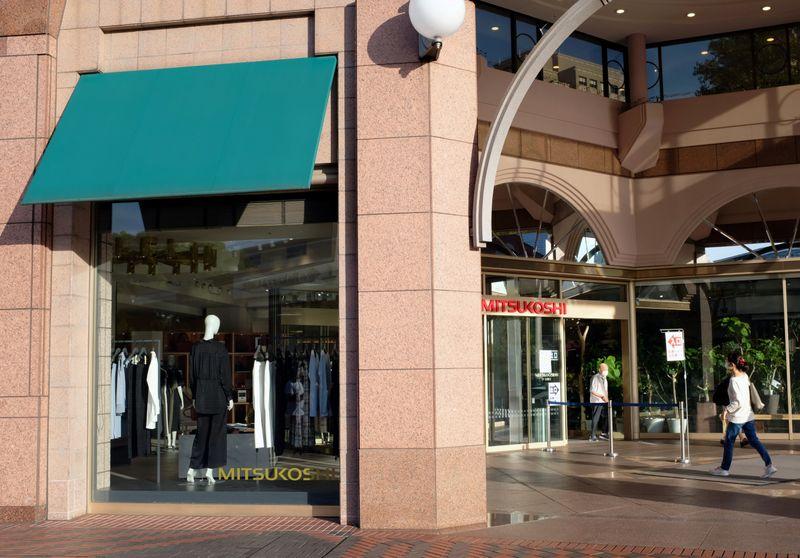 5月全国百貨店売上高は前年比65.2%増、3カ月連続プラス