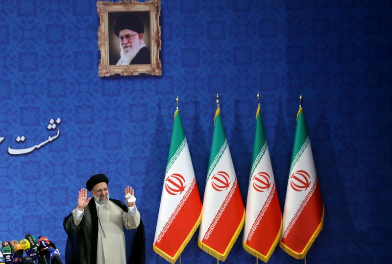 イラン当局、暗号資産の採掘者7000人拘束 過去最大規模の摘発