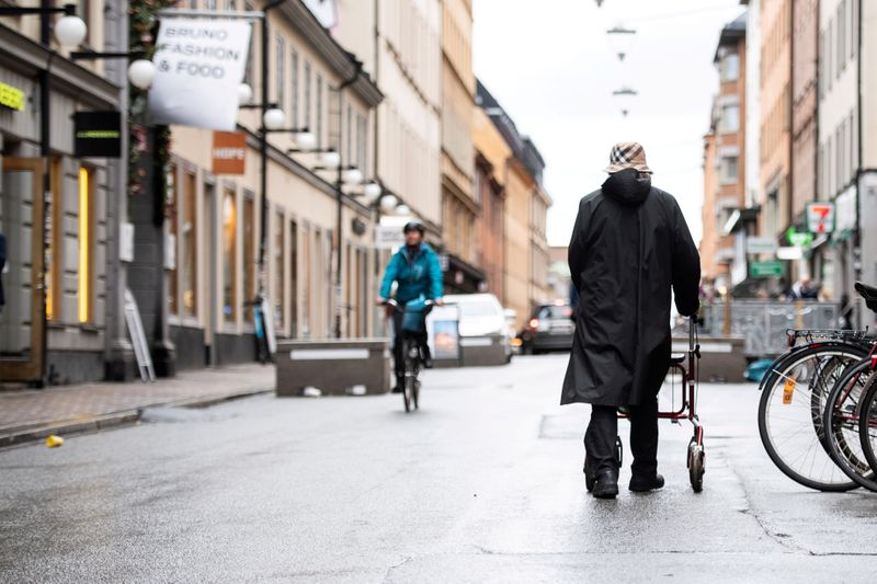 Swedish government sees faster growth as pandemic effects fade