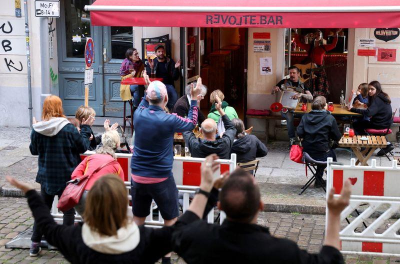 German business morale rises as economy shakes off coronavirus crisis