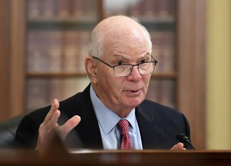 U.S. Democrats launch bill allowing existing nuclear plants tax credit