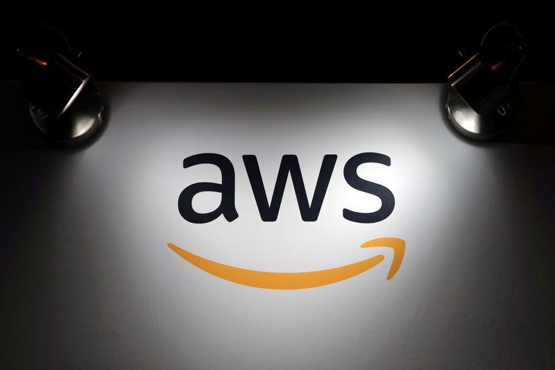 Amazon's AWS buys message encrypting service Wickr