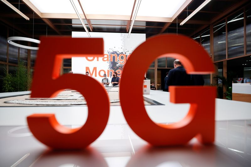 Orange to launch experimental 5G network amid telecom rush to the cloud