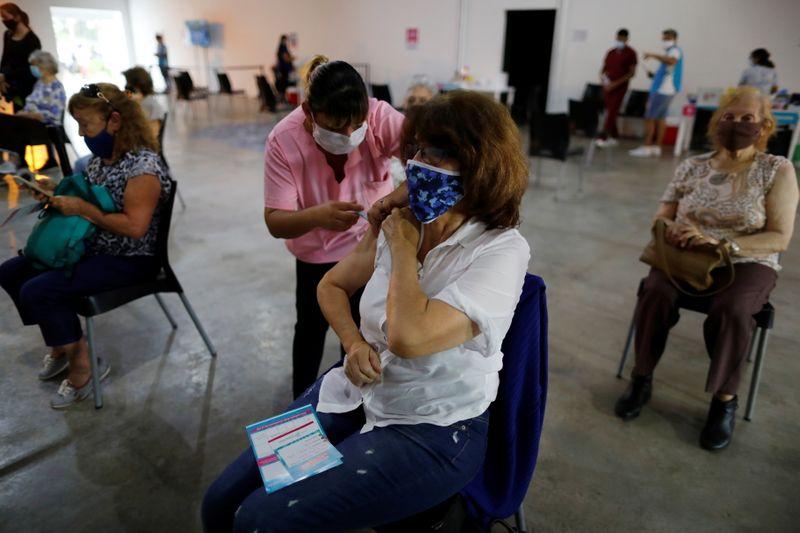 Argentina opens door to U.S. vaccine donations with legal tweak