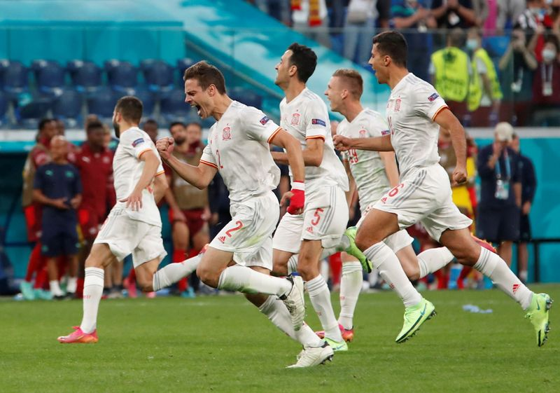 Soccer-Spain plot reconquest against unified Italy in semi-final laced with history