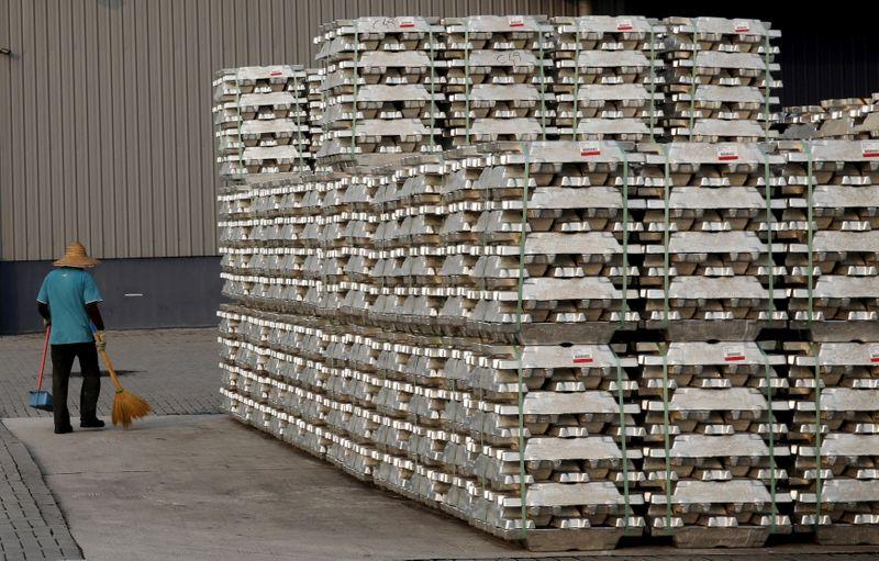 Российская экспортная пошлина на алюминий спровоцировала рост цен на спотовом рынке