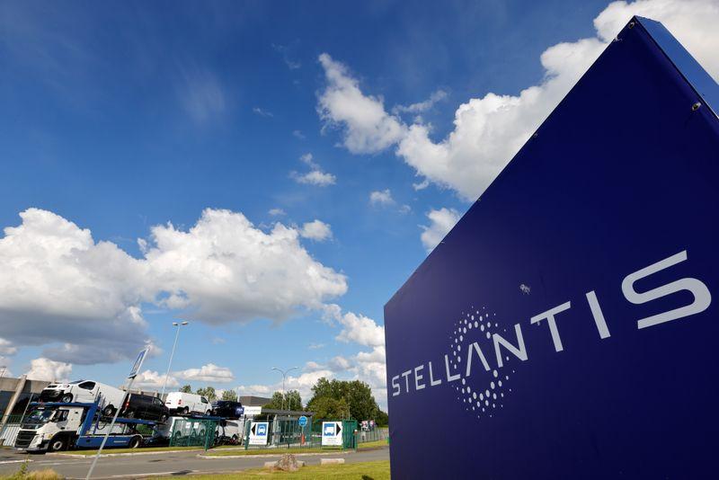 Stellantis to invest more than 30 billion euros through 2025 electrifying vehicle lineup