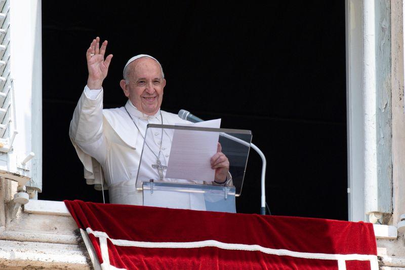 Papa Francesco, decorso normale, Angelus domenica da Policlinico Gemelli