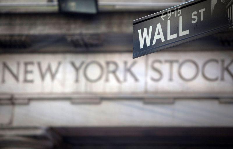 Borsa Usa, indici positivi, titoli ciclici rimbalzano dopo sell-off