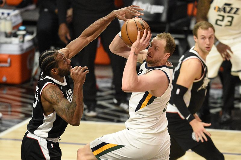 Portés par leurs stars, les Clippers réagissent face au Jazz